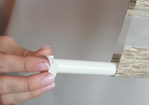 Как крепить рулонные шторы МИНИ на пластиковые окна - БЕЗ сверления