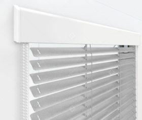 Жалюзи Изолайт 16 мм на пластиковые окна - цвет серый
